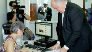Secretário David Torres protocola LDO na Assembleia Legislativa | Foto: Divulgação