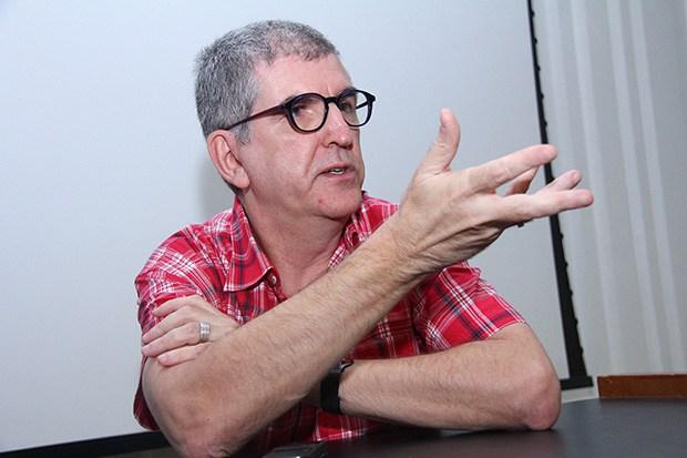 Rodapé para um golpista da língua, o linguista Marcos Bagno