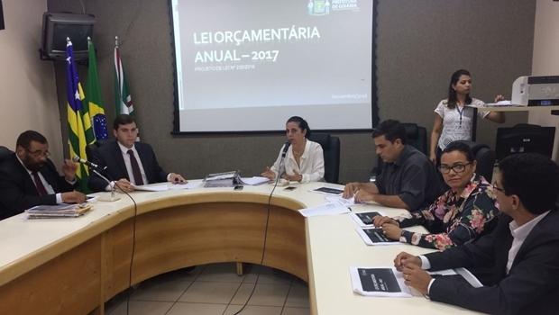Audiência Pública que discute a Lei Orçamentária Anual de 2017 | Foto: Larissa Quixabeira
