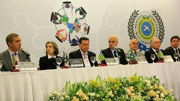 Abertura do 4º Encontro do Pacto Integrador de Segurança Pública Interestadual e da 64ª Reunião do Colégio Nacional de Secretários de Segurança Pública (Consesp) | Foto: Reprodução / Gabinete