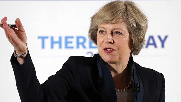 Diante de impasse sobre brexit, Theresa May anúncia renúncia