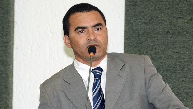 Decisão da justiça goiana anima deputado Wanderlei Barbosa