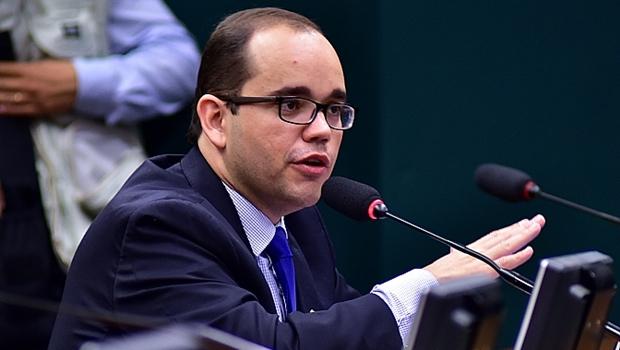 Fábio Sousa diz que só sai do PSDB com garantia de assumir novo partido