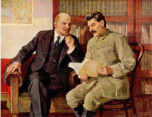 Brasil comemora 100 anos da Revolução Russa com lançamentos de livros