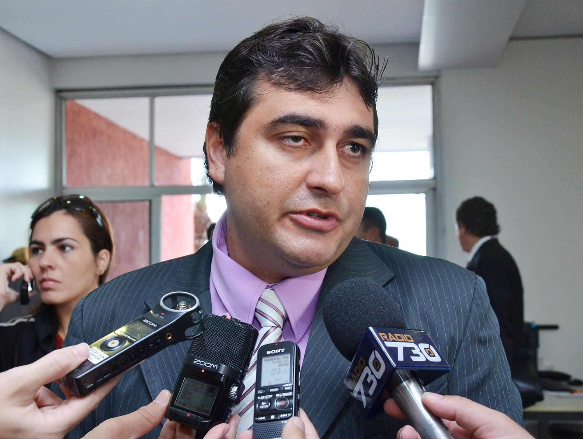 Polícia Federal busca informações sobre cheque-reforma na Agehab