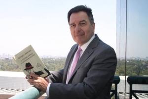 Roberto Ampuero: escritor