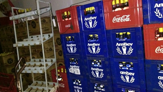 PM recupera carga de bebidas avaliada em R$ 86 mil, em Anápolis