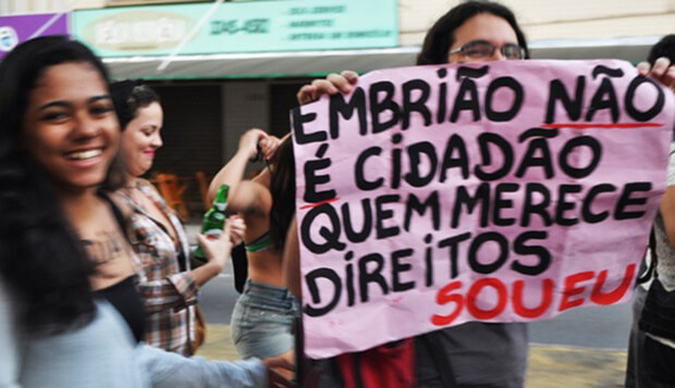 """O """"não querer"""" da mulher não é suficiente para que o aborto se torne viável no Brasil"""