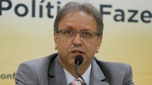 Marcelo Miranda em reunião no Conselho de Política Fazendária: equilíbrio fiscal