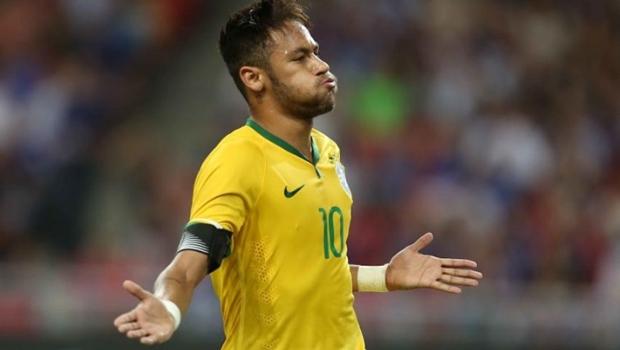 Neymar fica de fora dos finalistas do prêmio de melhor jogador da Fifa