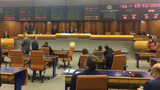 Vereadores acreditam que matéria deve ser avaliada por parlamentares da próxima legislatura | Foto: Larissa Quixabeira / Jornal Opção