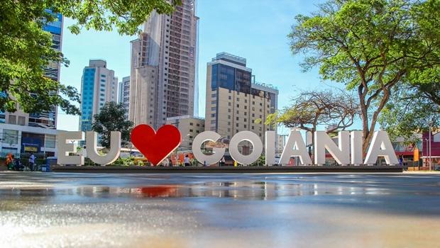 Evento oferece aula de yoga e oficina de origami na Praça do Sol