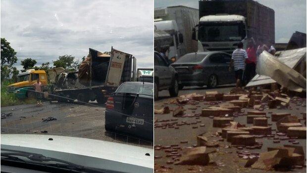 Colisão entre dois caminhões deixa um morto em Goiás