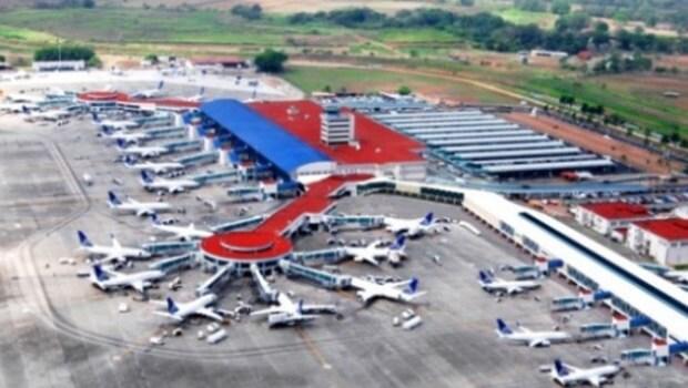 Atirador abre fogo em aeroporto nos EUA e deixa vários mortos