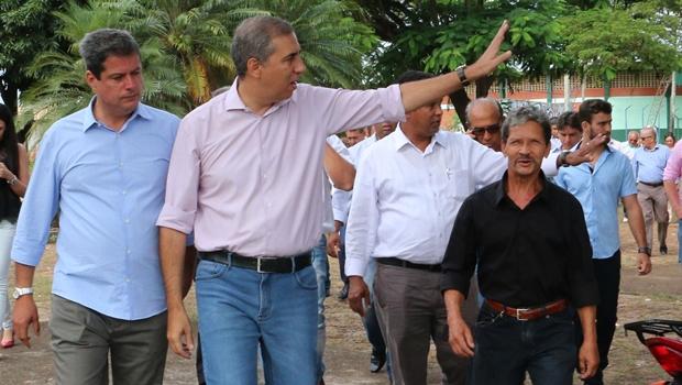 """""""Parceria com municípios inaugura novo ciclo de desenvolvimento"""", diz José Eliton"""