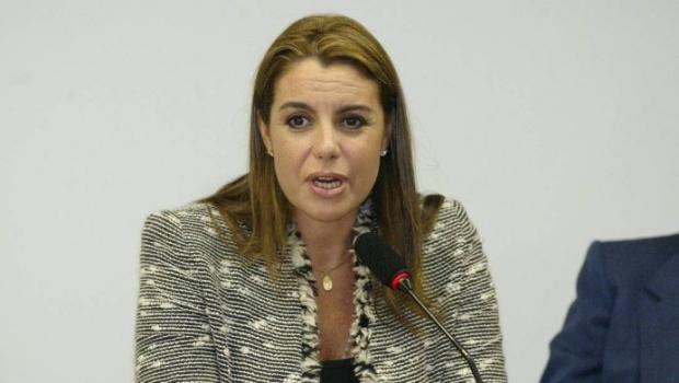 Ex-mulher de condenado do Mensalão afirma ter dossiê que incrimina Lula