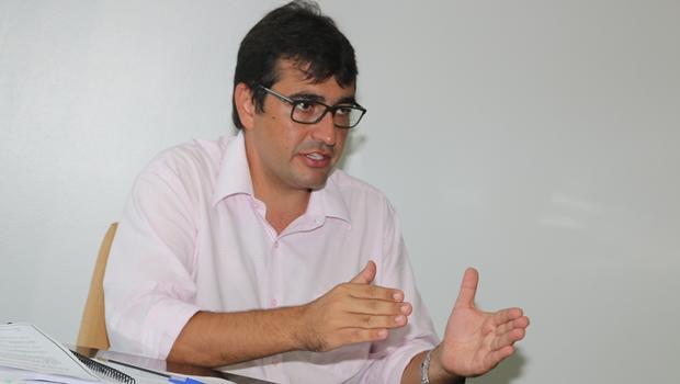 """""""Se Secretaria da Habitação fosse para Luiz Stival, Lúcia Vânia teria reclamado?"""""""