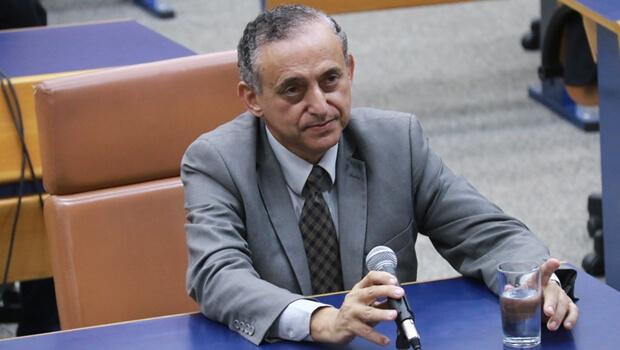 Repórteres esqueceram Anselmo Pereira, que é chamado de Esquecildo pelos pares