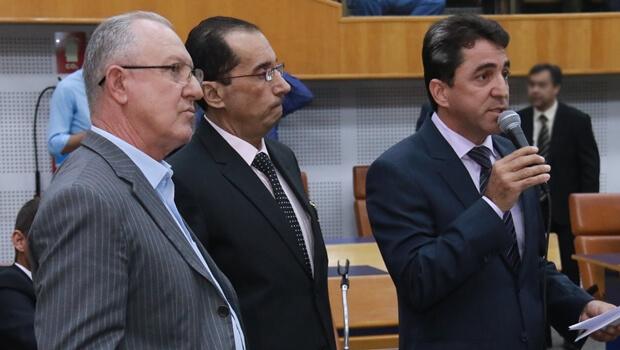 Vereadores do PRP podem criar bancadinha de oposição a Iris Rezende