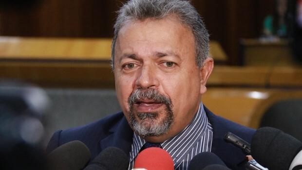 Elias Vaz declara apoio crítico a Fernando Haddad no segundo turno