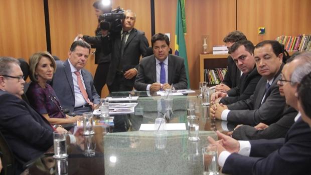 Marconi e prefeitos vão à Brasília em busca de verbas para CMEIs