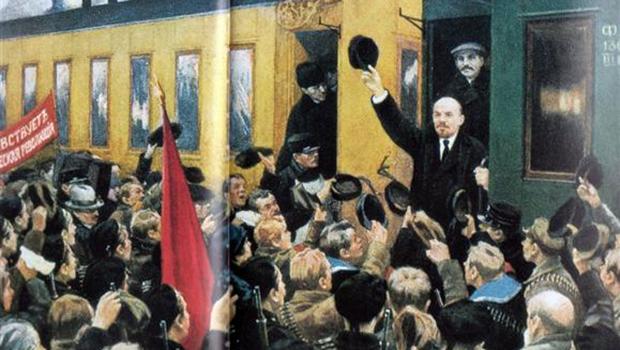 Numa viagem de trem de Zurique à Estação Finlândia, Lênin articulou a Revolução Russa de 1917