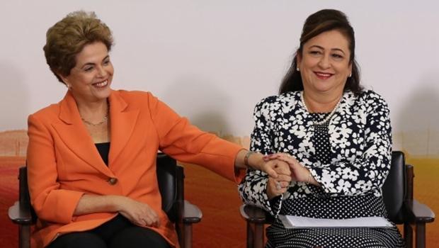Kátia Abreu articula candidatura ao governo do Tocantins e quer Dilma na chapa