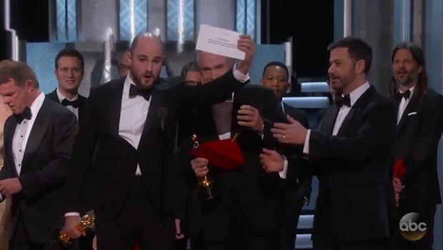 Oscar 2017: gafe histórica no anúncio de Melhor Filme vira piada na internet