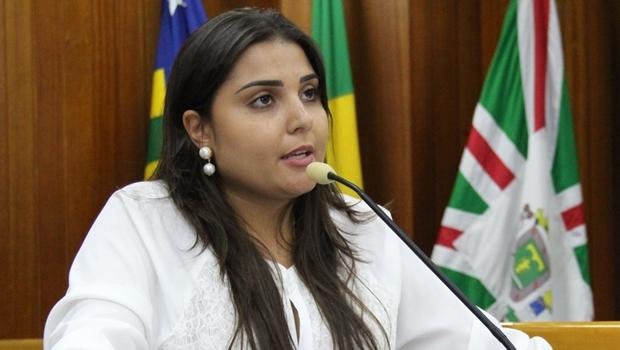 """""""CCJ não é arena para debate político"""", diz Sabrina Garcêz"""