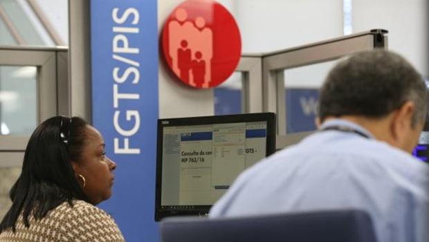 Caixa antecipa crédito dos lucros do FGTS a 90 milhões de trabalhadores