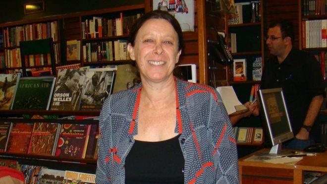 Jornalista Guila Flint, da BBC Brasil, morre aos 62 anos. Ela tinha câncer