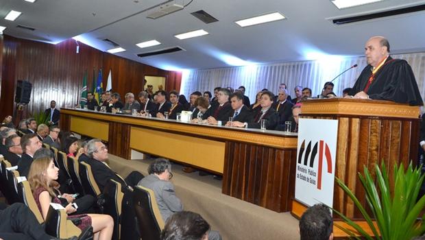 Novo procurador-geral de Justiça assume compromisso de fortalecer MPGO