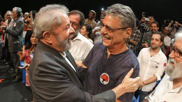 Artistas e intelectuais fazem abaixo-assinado pela candidatura de Lula à presidência