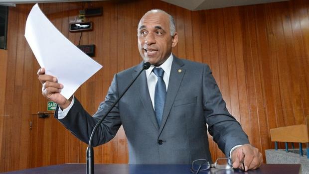 "Vice-prefeito eleito usa tribuna da Câmara para agradecer apoio contra ""ataques descabidos e ódio gratuito"""