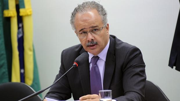 Relator da reforma política vai propor 70% de financiamento público para campanha
