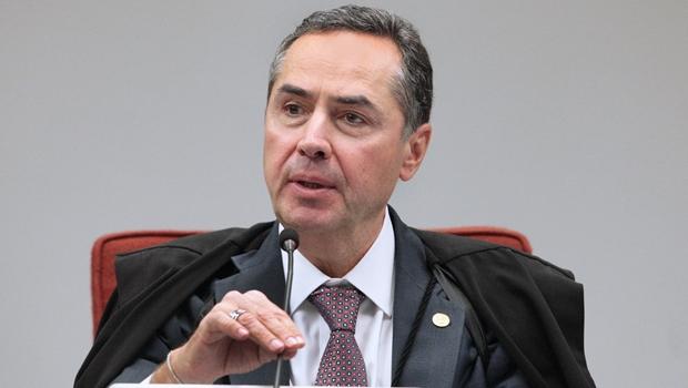 Novo presidente do TSE, Barroso confirma possibilidade de adiamento de eleições municipais