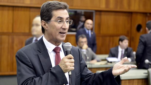 Líder do governo diz que Daniel é verdadeira oposição, e não Caiado