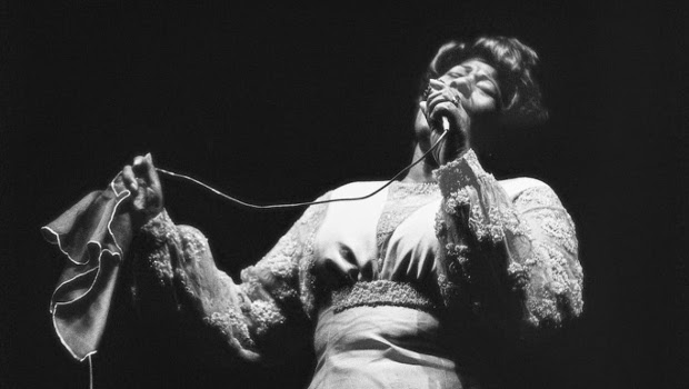 Da voz marcante de Ella Fitzgerald ao reggae de Mike Love