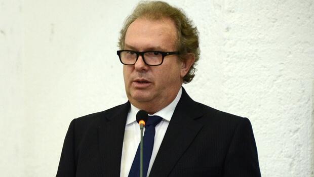 Mauro Carlesse irá assumir governo estadual do Tocantins