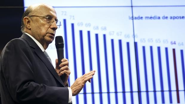 """Entrada do Brasil na OCDE """"melhora estatura do país no exterior"""", afirma Meirelles"""