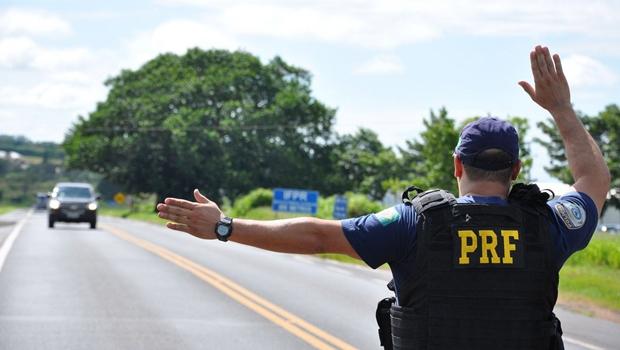 Feriado prolongado registra 27 acidentes e deixa dois mortos nas rodovias federais goianas