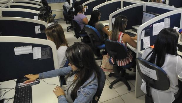 Sancionada lei que obriga empresas a disponibilizarem gravações do SAC em Goiás