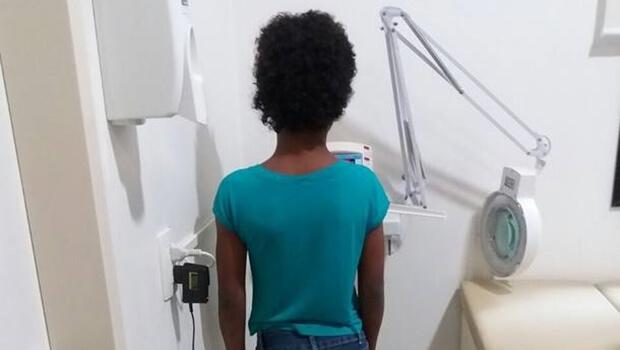 Garota de 10 anos torturada com alicate pela mãe passa por cirurgia em SP