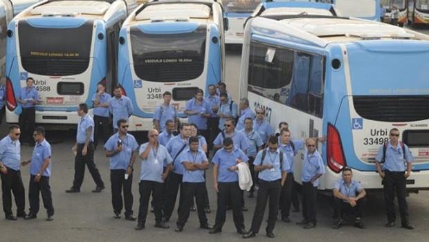 Empresas de ônibus ameaçam GDF
