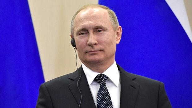 Pela primeira vez desde sua posse, Trump conversa com Putin ao telefone