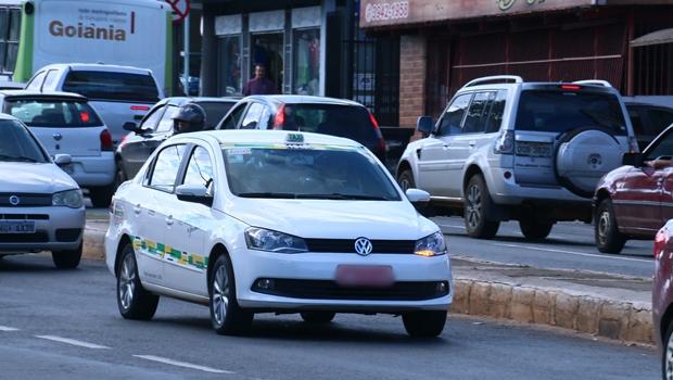 Aplicativo de táxi oferece corridas com até 40% de desconto em Goiânia