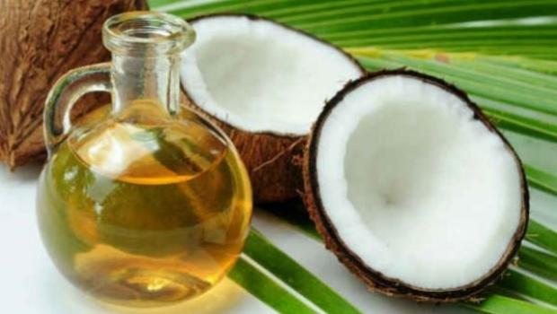 Óleo de coco é tão prejudicial quanto gordura e manteiga, dizem estudos