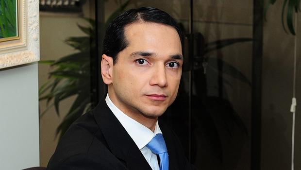 Pedro Paulo revive prisão de 2007 ao solicitar censura de menções sobre assunto