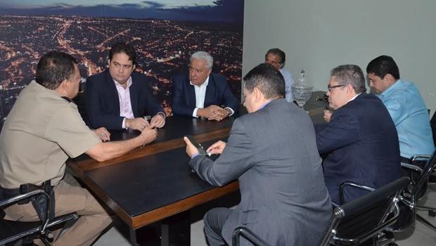 """""""Problema de água em Anápolis está resolvido"""", garante secretário Vilmar Rocha"""