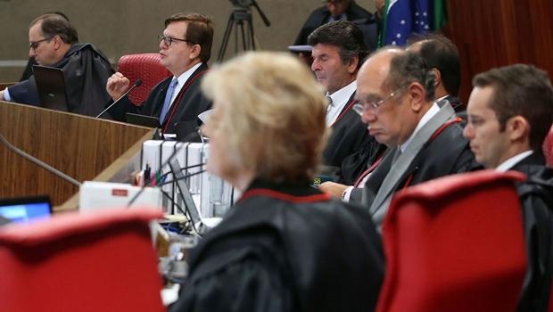 Preliminares da defesa são rejeitadas em julgamento da chapa Dilma-Temer